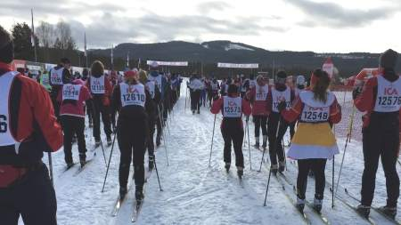 Also this year we joined the 30 km cross-country skiing race together with customers.